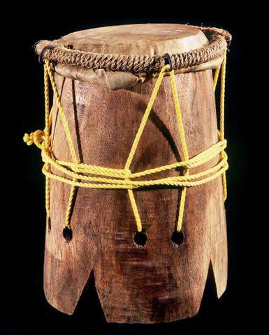 Pa`u mangö (skin drum)